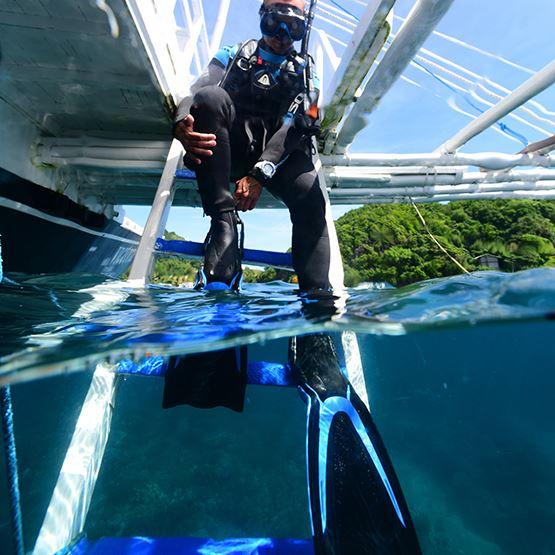 TUSA SF-0104 Hyflex Switch Scuba Diving Fins